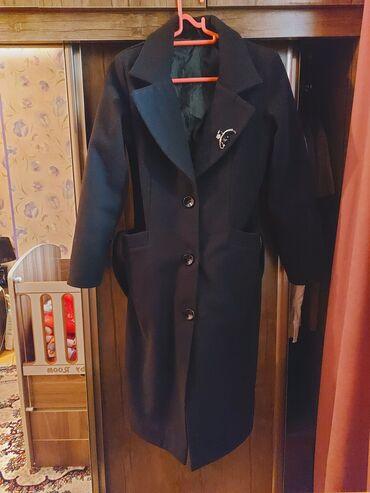 2326 elan | PALTOLAR: Palto problemsiz dizden asagi 20 azn