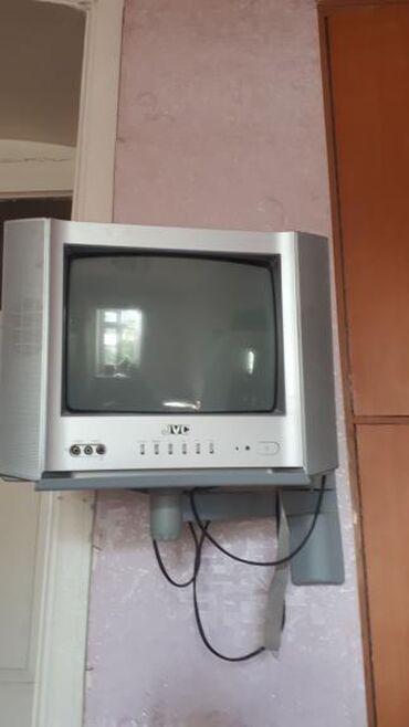 Televizor altlığı ilə birlikdə 30 manata.Ünvan 28 may#sevaesmet