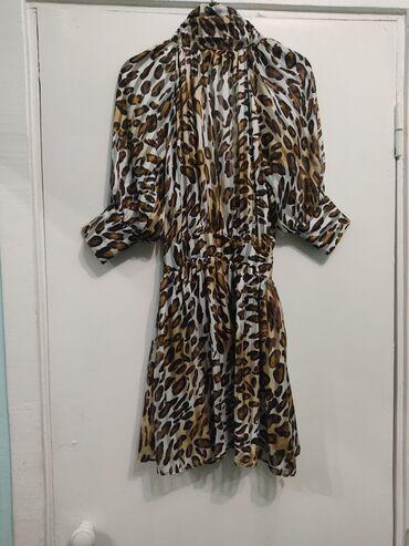 женское платье 56 размера в Кыргызстан: Леопардовые платье из шифона. Очень красиво сидит на фигуре. Сзади