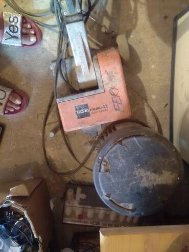 Instrumenti | Barajevo: Hoblerica u neispravno stanje uvoz sve svacarska ima raznih alata moze
