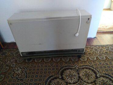 Peci za grejanje - Srbija: Ta peć 4kw kao nova. Komplet spremna za zimu. Kupljena za monofaznu