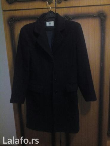 AMC zimski kaput velicina 40 duzina kaputa 90 cm sirina ramena 45 c. - Mladenovac