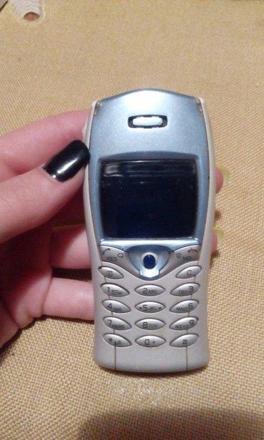 Mobile - Srbija: Sony ericsson mobilni telefon. Ispravan i ocuvan. Ide bez punjaca. Za
