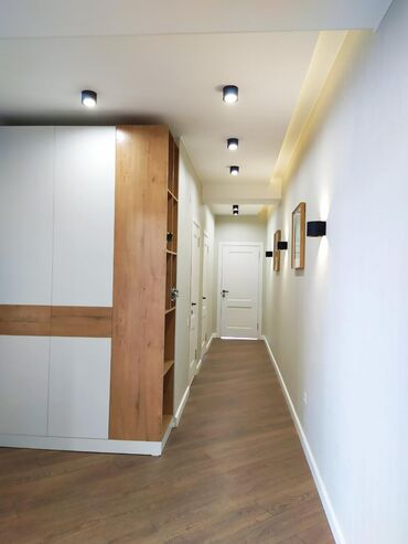 Продается квартира: 3 комнаты, 101 кв. м