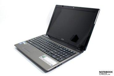 Продаю игровой ноутбук в отличном состоянии! Аcer 5750 экран 15.6, про в Бишкек