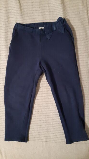 Dečija odeća i obuća - Nis: Pamucne pantalone Carters 24m . Odlican pamuk. Nisu izbledele
