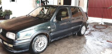 Volkswagen Golf 2 л. 1993