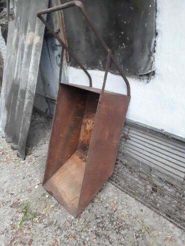 72 объявлений: Тележка добротная из толстого метала 3мм, только нужно поставить