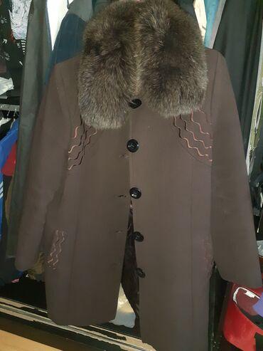 Palto seliqeli vezyetdedi.44 46 razmere uygundu.kurk olan yeri