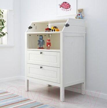 доски ikea настенные в Кыргызстан: Комод Ikeaпеленальный стол/белый Кроватка детская, белая - 5.000 сом