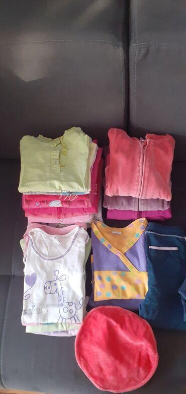 Garderoba - Srbija: Paket garderobe za devojčice vel 86-92(2)5 duksića, 2 prsluka, 6