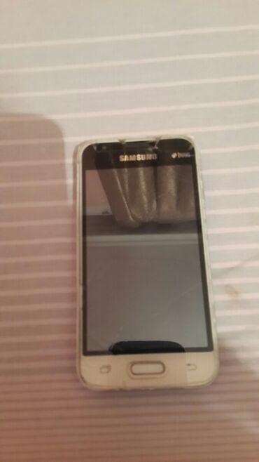 Samsung - Bakı: İşlənmiş Samsung Galaxy J1 2016 8 GB qara