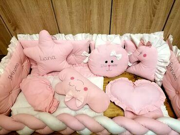 Komplet ogradica sa posteljinom pletenicom i jastucima