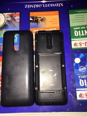 Bakı şəhərində Nokia 107 duos. Problemsizdir ustada olmayib. Oz telefonumdur.3,4 gun