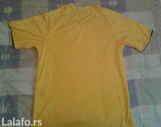 Prodajem dres reprezentacije Švedske sa slike, nov, kupljen u - Nova Pazova