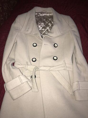 жен пальто в Кыргызстан: Продаю пальто и куртку