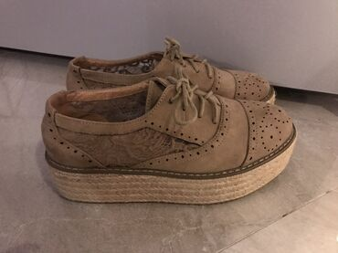 Drap cipele  Velicina 39  Nosene 2-3 x  Bez ostecenja