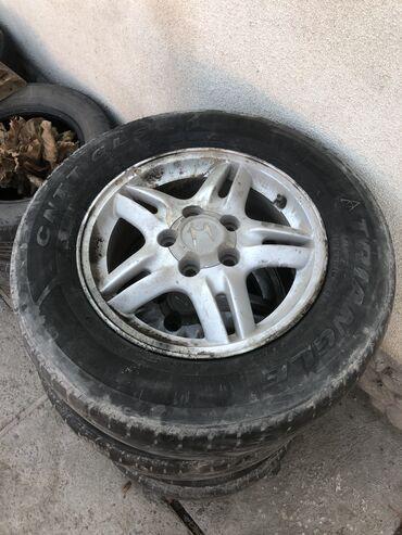 chesnok v bolshom kolichestve в Кыргызстан: Honda CR-V 2000