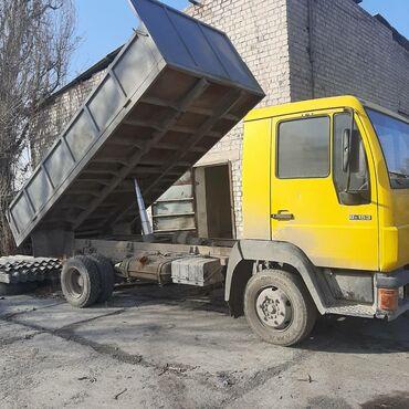 шины для грузовиков в Кыргызстан: Продаю ман самасвал объем 4 турбина размер шин 17.5 хорошие состояние