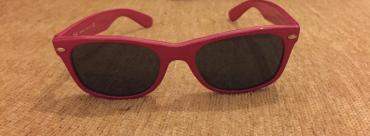 Ray ban wayfarer original girl's sunglasses. Fuchsia color. Excellent σε North & East Suburbs