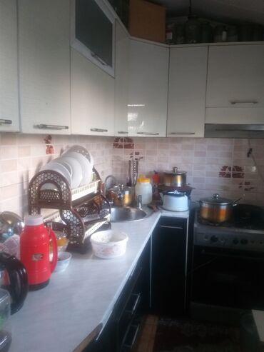 купить кирпичный гараж в Кыргызстан: Индивидуалка, 3 комнаты, 65 кв. м С мебелью, Евроремонт, Не сдавалась квартирантам