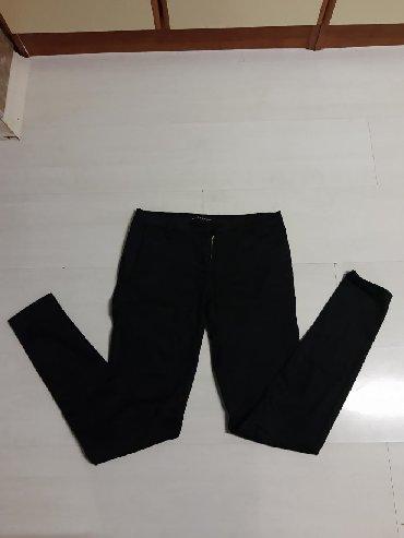 Pantalone struk elastina - Srbija: Predivne crne pantalone.Nizak struk.Velicina 27.Imaju malo elastina