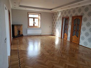 villa - Azərbaycan: Satılır Ev 210 kv. m, 7 otaqlı