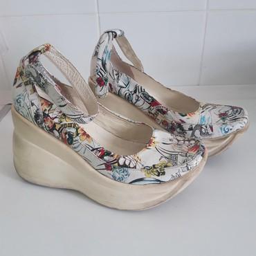 состояние хорошоя в Кыргызстан: Женские туфли Aga 37