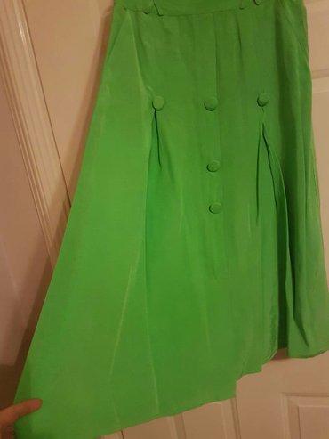 Prelepa kvalitetna i dobra boja suknja jednom obucena. - Belgrade