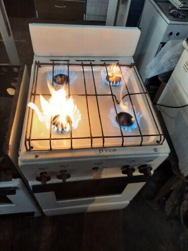 Продаются газ плита 4х комфортный белая чистая духовка тоже работает
