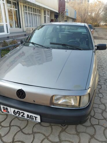 alpina b3 в Кыргызстан: Volkswagen Passat 1.8 л. 1989   384000 км