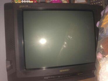 3 starija televizora, od toga 2 mislim da mogu da se upotrebe, i da su