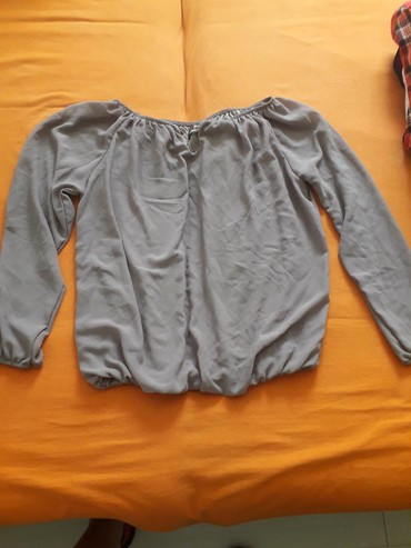 Ženska odeća | Beocin: Svilenkasta majica kao nova