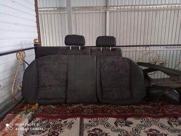 Продаю задние сиденья на автомашину Мазда Кронос,в хорошем