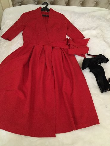 красное платье на свадьбу в Кыргызстан: Продам платье,одевала один раз на свадьбу.Для кормящих мам тоже будет