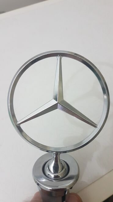 Auto delovi - Arandjelovac: Mercedes znak, NOV, w123 w124 190