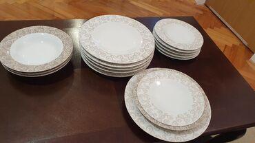 Servis za ručavanje sastoji se od 4x duboka tanjira, 6x plitkih