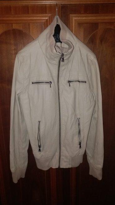 Zenska svetlo krem jakna  nosena par puta, u odlicnom stanju bez ostec - Kraljevo