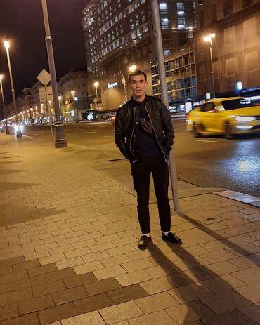 Водитель такси. (C)