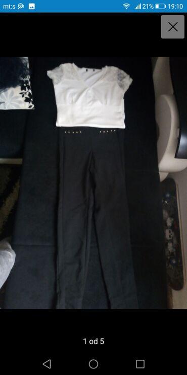 Pantalone zlatne - Srbija: Helanke i majica s /m u exstra stanju, izuzetno kvalitetne helanke od