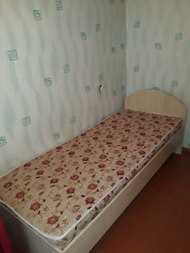 Продам 1-местную кровать с матрасом в Бишкек