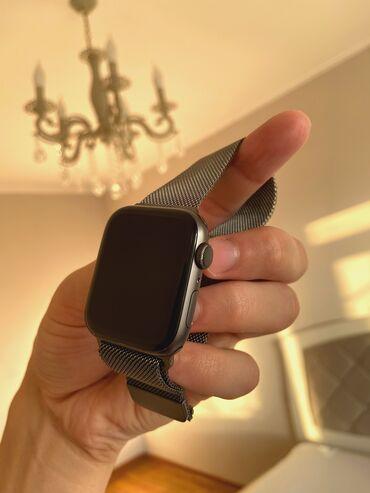 Продаю : Apple Watch 4 series 44mm Space Grey состояние: идеальное