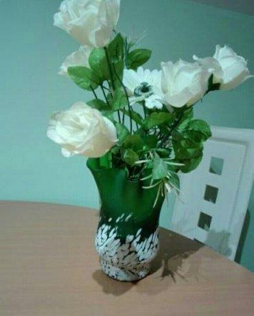Vaza sa cvecem šaljem brzom poštom - Jagodina