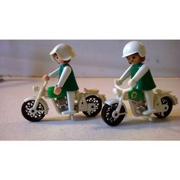 Παιχνίδια σε Αθήνα: Playmobil ( Σετ αποτελούμενο από 2 μοτοσυκλέτες με 8 αστυνομικούς ) -