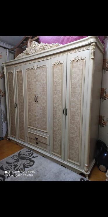 детские угги в Азербайджан: Dolab 6qapili 500manat. Yenidi otaga boyuk olduguna gore satilir