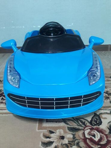 пульт для машины в Кыргызстан: Продается машина состояние хорошое пульта нет зарядки тож . Можно сд