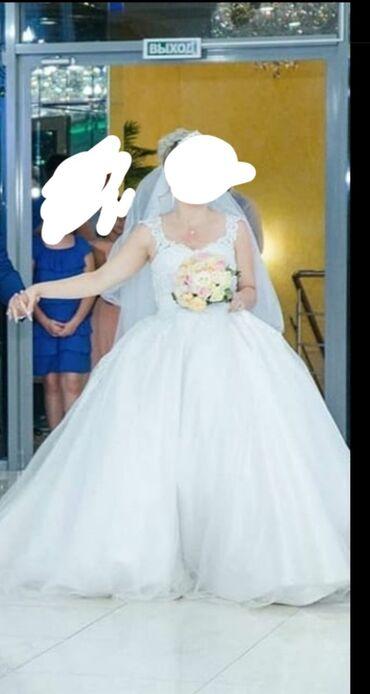свадебное платье напрокат в Кыргызстан: Свадебное платья в хорошем состоянии, нужна немного реставрация