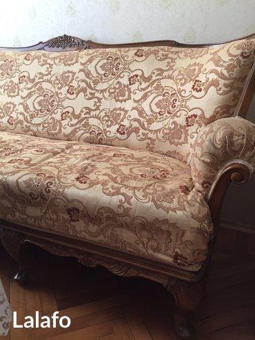 Lerik şəhərində Ruminiya istehsali olan divan ve iki kreslo. Tecili satilir