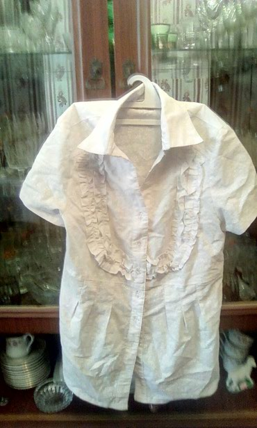 женская-блуза в Кыргызстан: Женская блузкаб/у, размер 48,350 сом