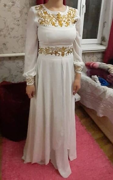 длинное платье с вырезом на ноге в Кыргызстан: Платье Вечернее A-Dress M